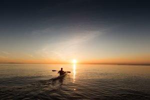 Chasing_the_horizon